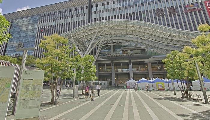 博多駅博多口前広場